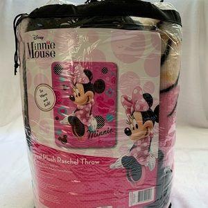 Disney Minnie Mouse Twin size Blanket.